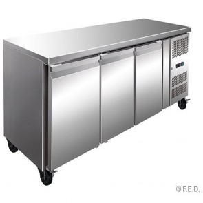 F.E.D GN3100BT TROPICALISED 3 Door Gastronorm Bench Freezer