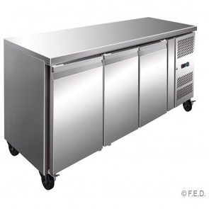 F.E.D GN3100TN TROPICALISED 3 Door Gastronorm Bench Fridge